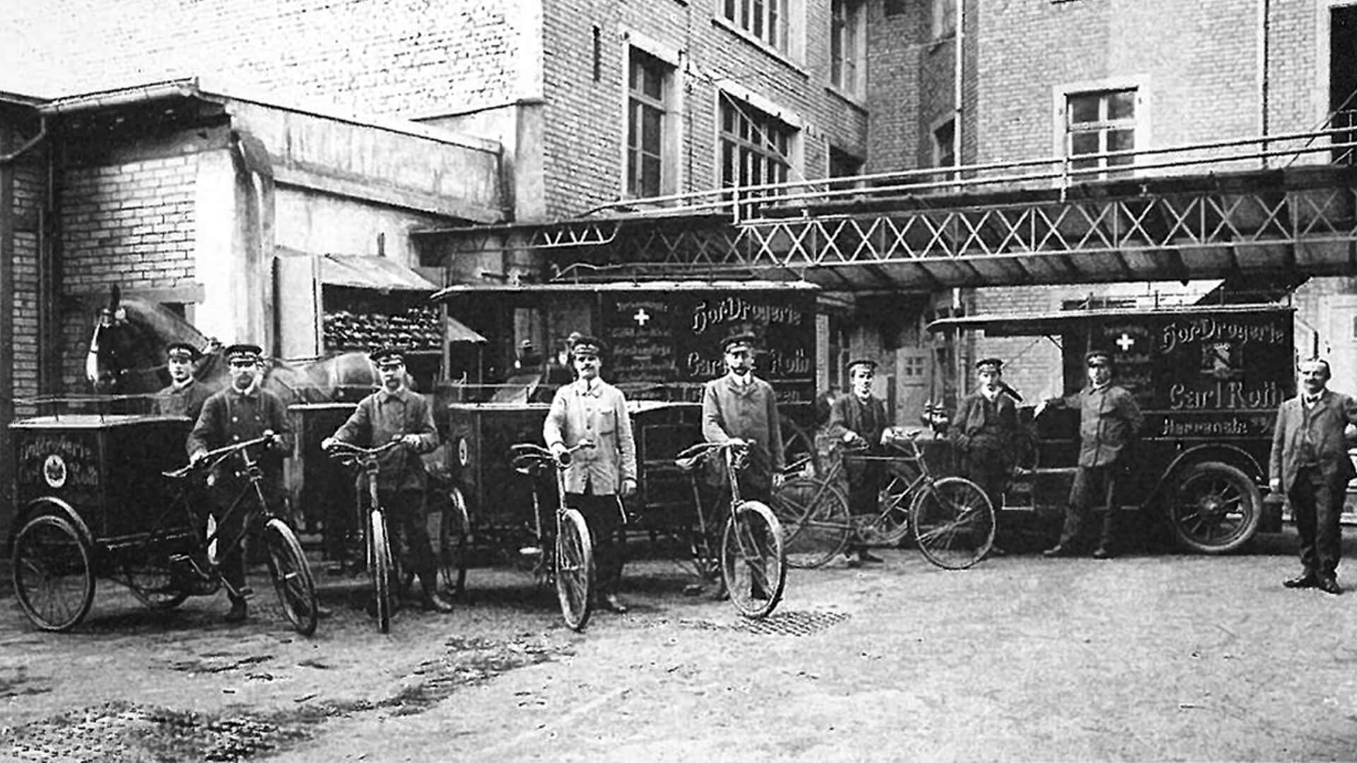 Carl-Roth-Furhpark-Pferdefuhrwerk-Dreiräder