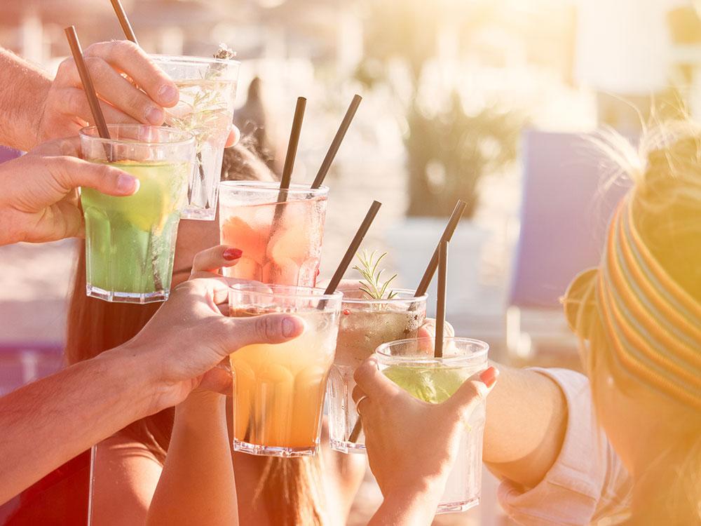 Sommer Getränke und Cocktails